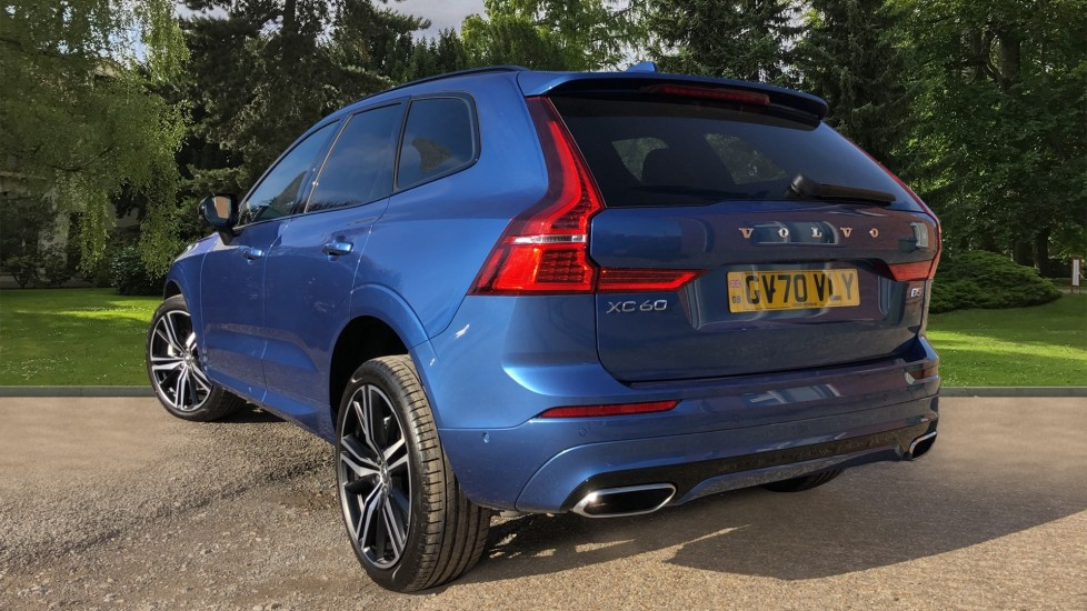 Volvo XC60 B5P Mild Hybrid R Design Pro Auto, Lounge Pack, Sunroof, 360 Camera, Wireless Phone Charging image 4