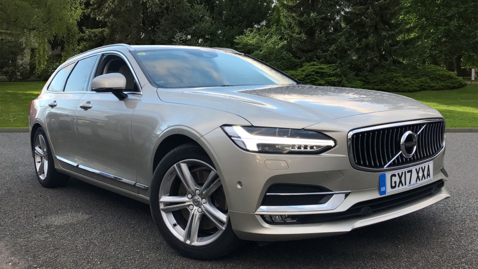 Volvo V90 D5 PP Inscription AWD AT, Winter Plus & Family Packs, S/Phone Integ, Tints, Volvo On Call 2.0 Diesel Automatic 5 door Estate (2017)