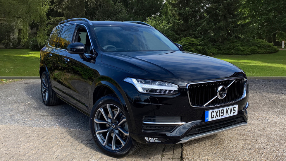 Volvo XC90 2.0 T5 Momentum Pro AWD Auto W. 360 Surround View, BLIS & Smartphone Integration Automatic 5 door Estate (2019) image