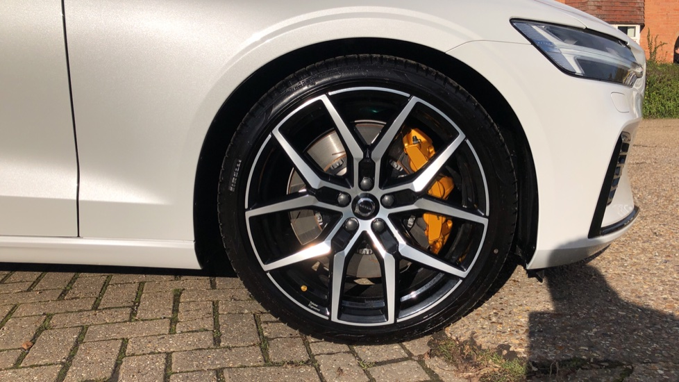 Volvo V60 T8 Hybrid Polestar Engineerd AWD Auto, Nav, Harman Kardon, Keyless Drive, Heated Screen image 21