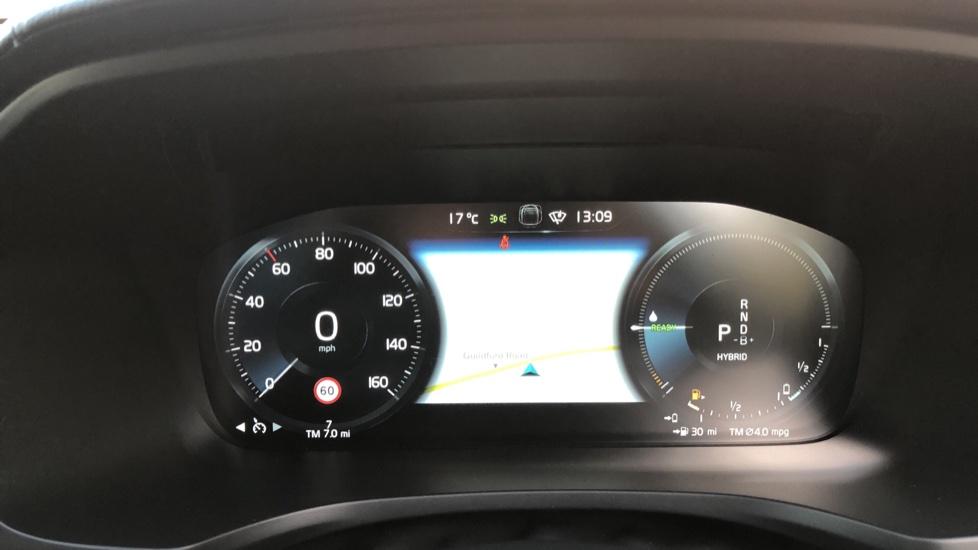 Volvo V60 T8 Hybrid Polestar Engineerd AWD Auto, Nav, Harman Kardon, Keyless Drive, Heated Screen image 11