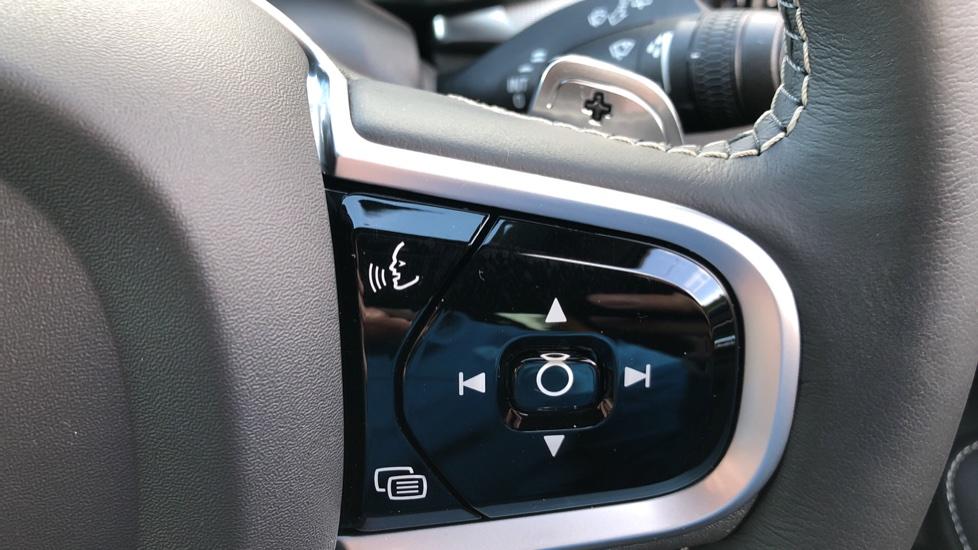 Volvo V60 T8 Hybrid Polestar Engineerd AWD Auto, Nav, Harman Kardon, Keyless Drive, Heated Screen image 13