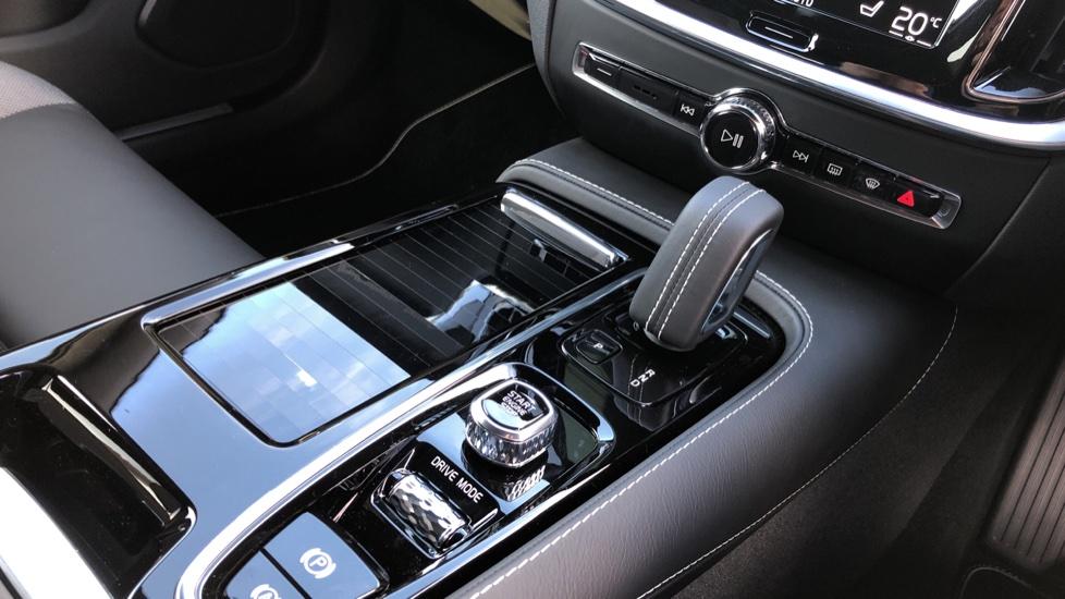 Volvo V60 T8 Hybrid Polestar Engineerd AWD Auto, Nav, Harman Kardon, Keyless Drive, Heated Screen image 24