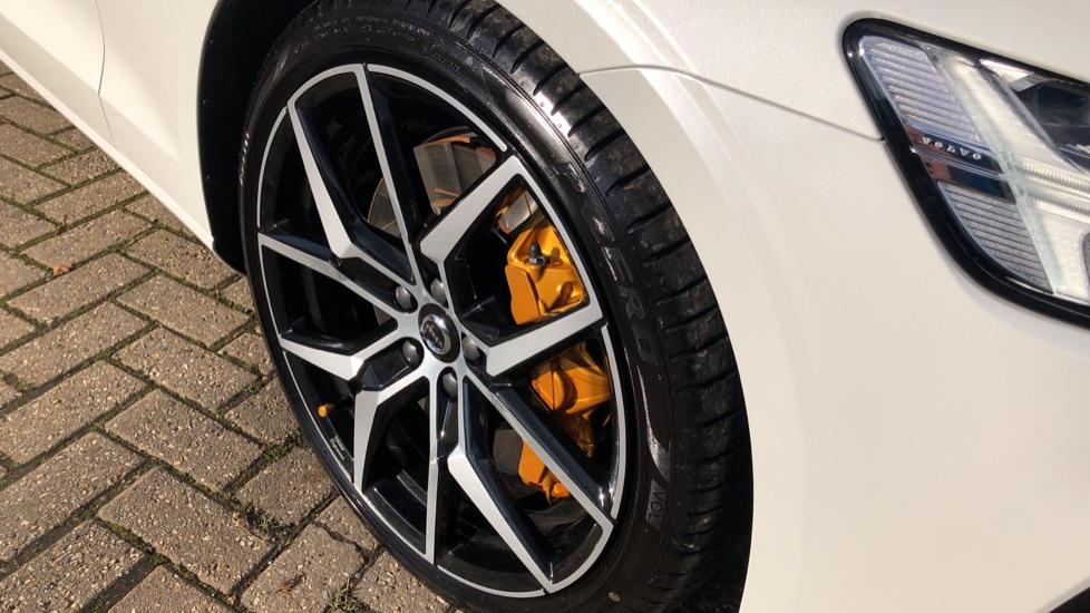 Volvo V60 T8 Hybrid Polestar Engineerd AWD Auto, Nav, Harman Kardon, Keyless Drive, Heated Screen image 19
