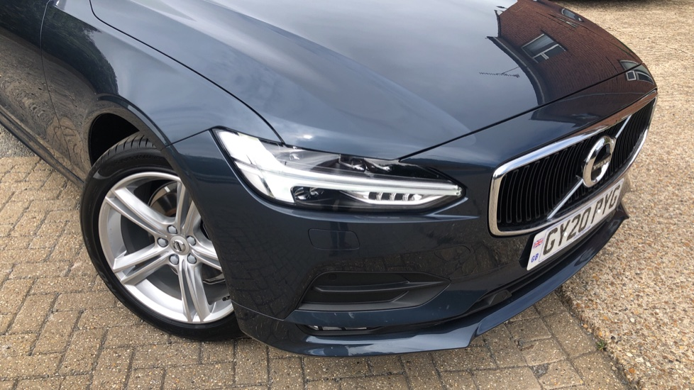 Volvo V90 T4 Momentum Plus Auto, Winter & Convenience Packs, 360 Camera, Tints, 18in Alloys, BLIS image 20