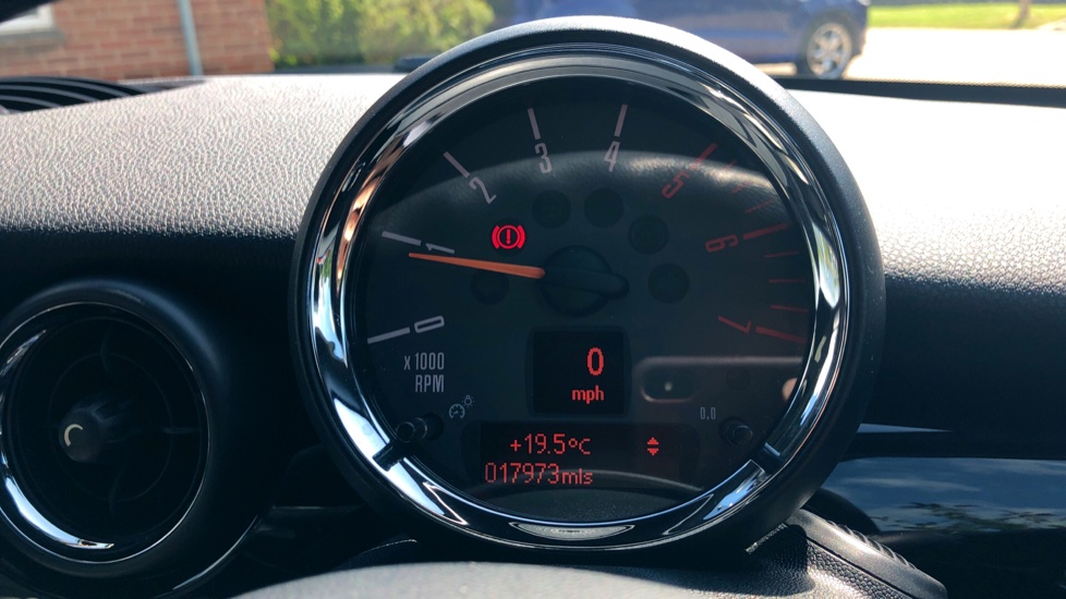 Mini Coupe Cooper S D Chili Pk, Nav, Media Pk, Lounge Lthr, PrivGlass, 17 Inch Wheels & Htd Seats. image 10
