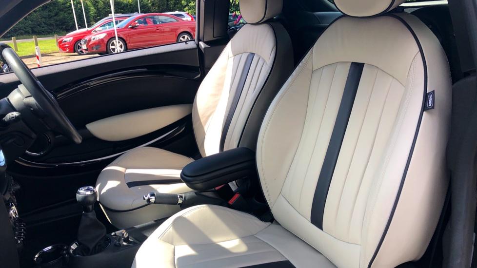 Mini Coupe Cooper S D Chili Pk, Nav, Media Pk, Lounge Lthr, PrivGlass, 17 Inch Wheels & Htd Seats. image 13