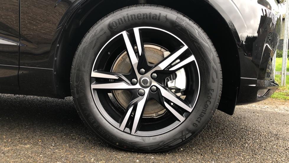 Volvo XC60 B4D AWD Mild Hybrid R Design Auto, Winter & Conven Pks, PanoRoof, Heated F+R Seats & Rear Cam image 21