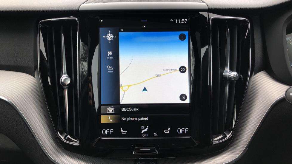 Volvo XC60 B4D AWD Mild Hybrid R Design Auto, Winter & Conven Pks, PanoRoof, Heated F+R Seats & Rear Cam image 5