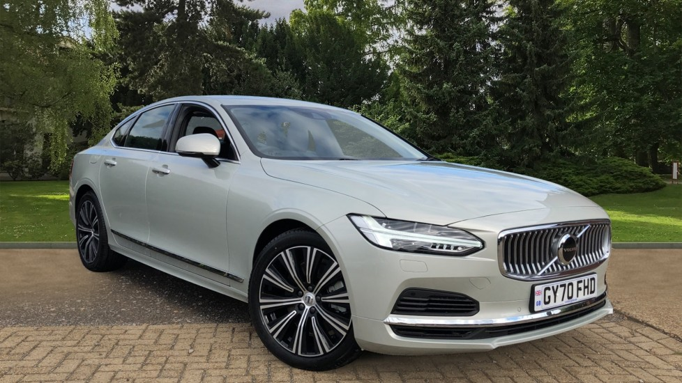 Volvo S90 T8 Recharge PHEV Inscription AWD Auto, Nav Climate Pack, Heated Front & Rear Seats, Keyless Drive 2.0 Petrol/Electric Automatic 4 door 4x4 (2020) image