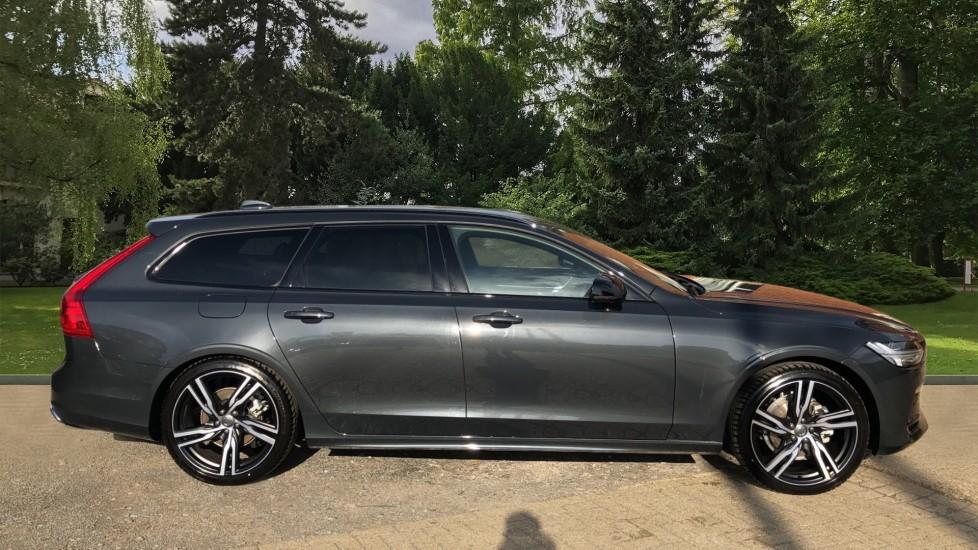 Volvo V90 D4 R Design Plus Auto, Nav, Winter Pack, Head Up Display, 360 Camera, BLIS, 20 Inch Alloys image 2
