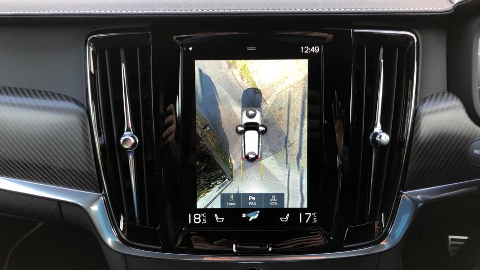Volvo V90 D4 R Design Plus Auto, Nav, Winter Pack, Head Up Display, 360 Camera, BLIS, 20 Inch Alloys image 6