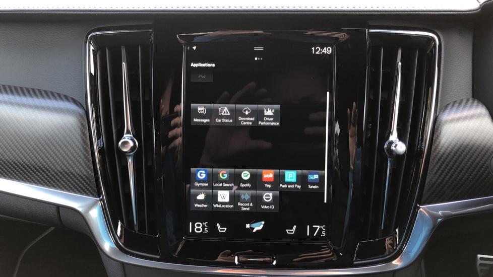 Volvo V90 D4 R Design Plus Auto, Nav, Winter Pack, Head Up Display, 360 Camera, BLIS, 20 Inch Alloys image 27