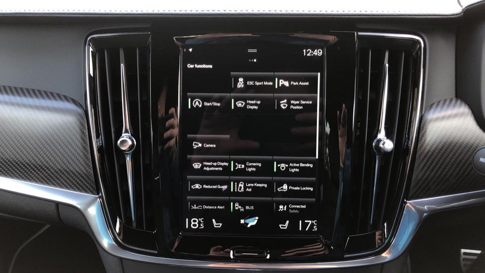 Volvo V90 D4 R Design Plus Auto, Nav, Winter Pack, Head Up Display, 360 Camera, BLIS, 20 Inch Alloys image 28