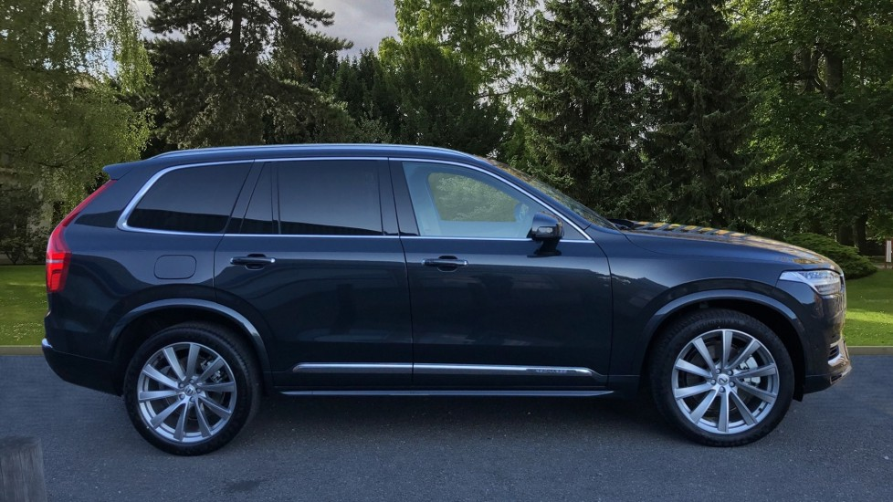 Volvo XC90 T8 Recharge PHEV Inscription Pro AWD Auto, Nav, Sunroof, Lounge, Tech, Climate & Driver Assist image 3