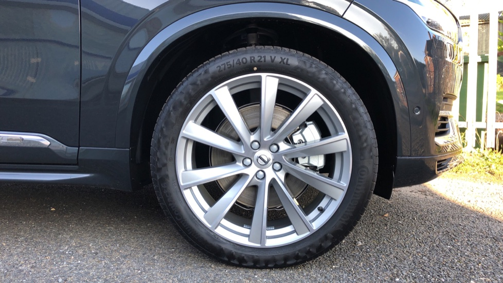 Volvo XC90 T8 Recharge PHEV Inscription Pro AWD Auto, Nav, Sunroof, Lounge, Tech, Climate & Driver Assist image 30