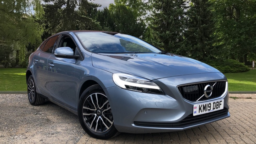Volvo V40 D2 Momentum Nav Plus Edition Auto, Winter & IntelliPro Pks, Tints, F & R Sensors, HK Audio 2.0 Diesel Automatic 5 door Hatchback (2019)