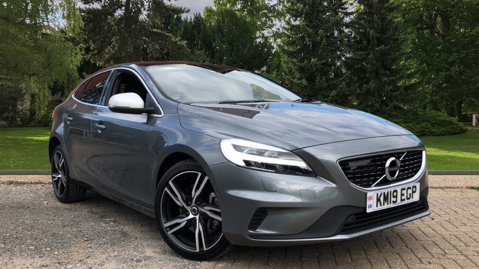 Volvo V40 D2 R Design Pro Edition AT, IntelliPro, Xenium & Winter Edition Pks, 18in Alloys, Memory Fnt Seats 2.0 Diesel Automatic 5 door Hatchback (2019)