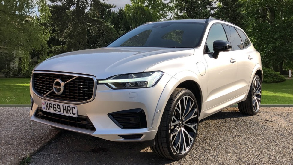 Volvo XC60 T8 Hybrid R Design Pro AWD Auto, Family, Xenium and Convenience Packs, Sunroof, 360 Camera image 3