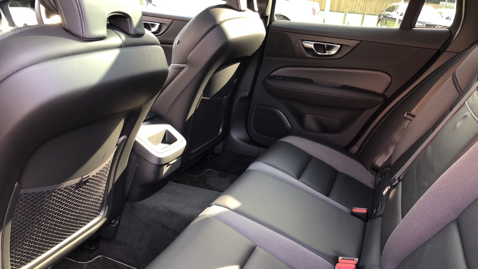 Volvo V60 T5 R Design Plus Auto, Xenium, Convenience, Winter & IntelliPro Packs, Sunroof, 360 Camera image 23
