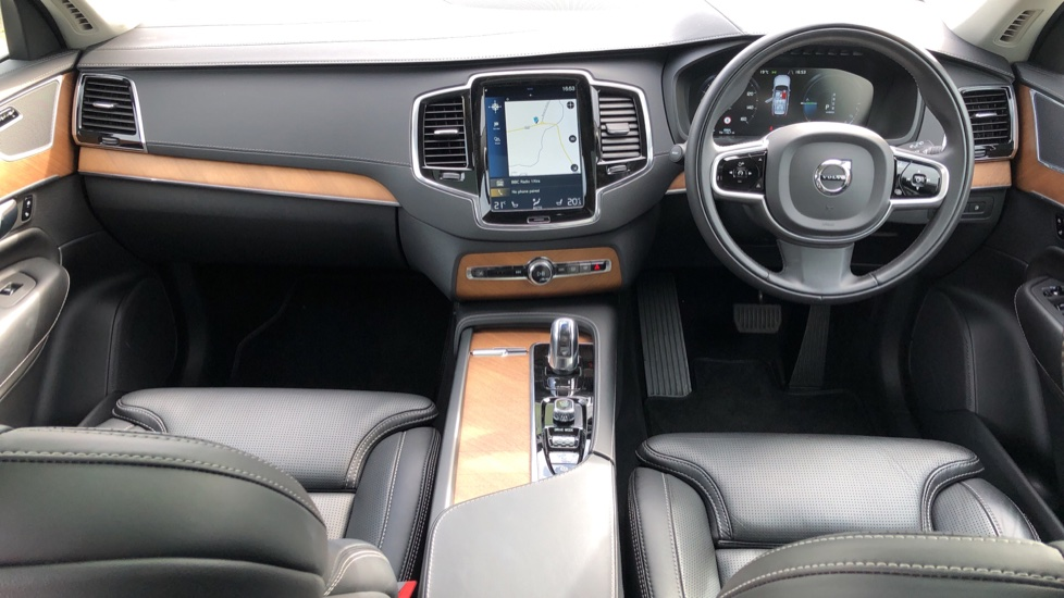 Volvo XC90 T8 Plug In Hybrid Inscription Pro AWD AT, Xenium Pk, S/Phone Intg, Air Susp, BLIS, Pano Roof, Tints image 11
