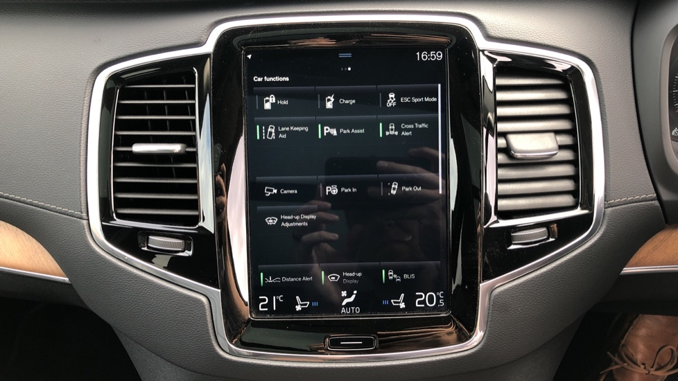 Volvo XC90 T8 Plug In Hybrid Inscription Pro AWD AT, Xenium Pk, S/Phone Intg, Air Susp, BLIS, Pano Roof, Tints image 22