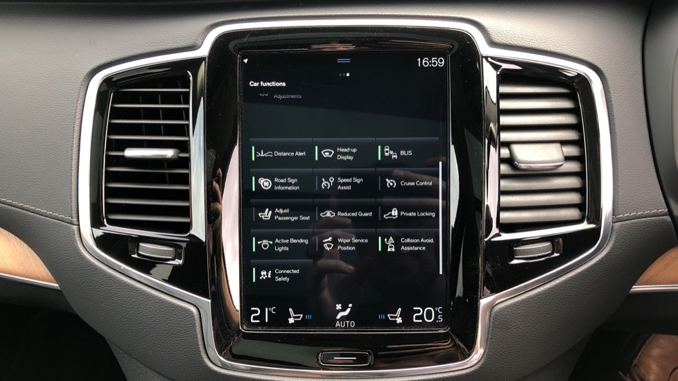 Volvo XC90 T8 Plug In Hybrid Inscription Pro AWD AT, Xenium Pk, S/Phone Intg, Air Susp, BLIS, Pano Roof, Tints image 23