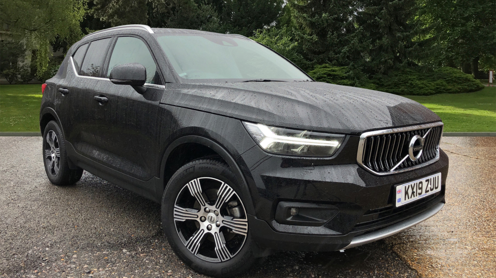 Volvo XC40 D3 Inscription AWD AT, Winter & Convenience Pks, Heated Screen, Keyless Drive, Tempa Wheel & Tints 2.0 Diesel Automatic 5 door 4x4 (2019) at Volvo Horsham thumbnail image