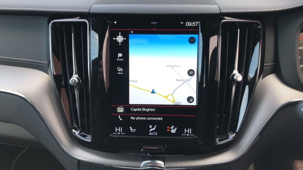 Volvo XC60 B4D Mild Hybrid R Design Pro AWD Auto, Nav, Lounge, Climate & Driver Assist Packs, Sunroof, BLIS image 5