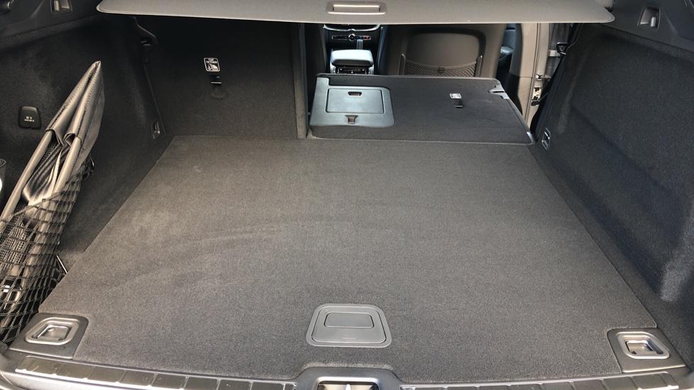 Volvo XC60 B4D Mild Hybrid R Design Pro AWD Auto, Nav, Lounge, Climate & Driver Assist Packs, Sunroof, BLIS image 37