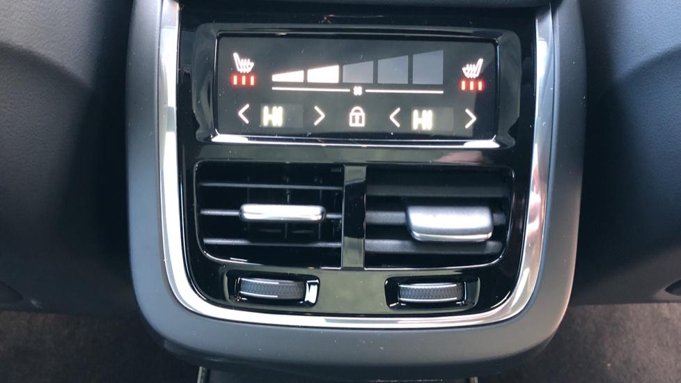 Volvo XC60 B4D Mild Hybrid R Design Pro AWD Auto, Nav, Lounge, Climate & Driver Assist Packs, Sunroof, BLIS image 23