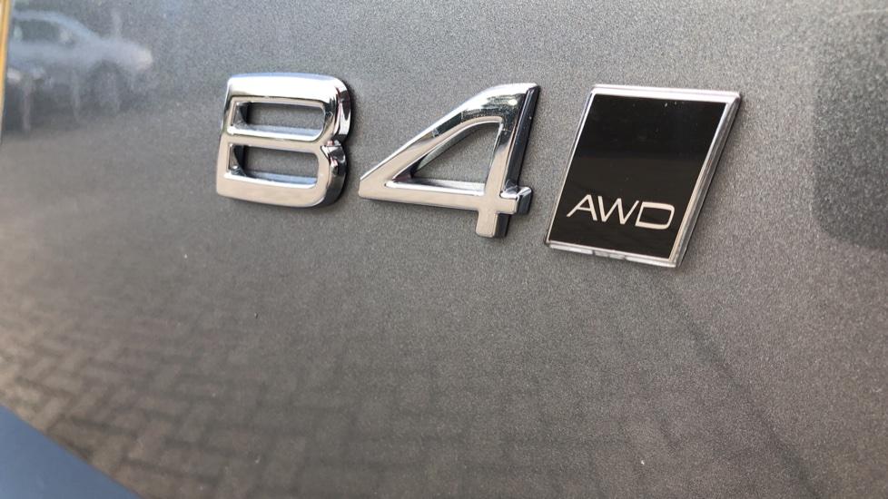 Volvo XC60 B4D Mild Hybrid R Design Pro AWD Auto, Nav, Lounge, Climate & Driver Assist Packs, Sunroof, BLIS image 41