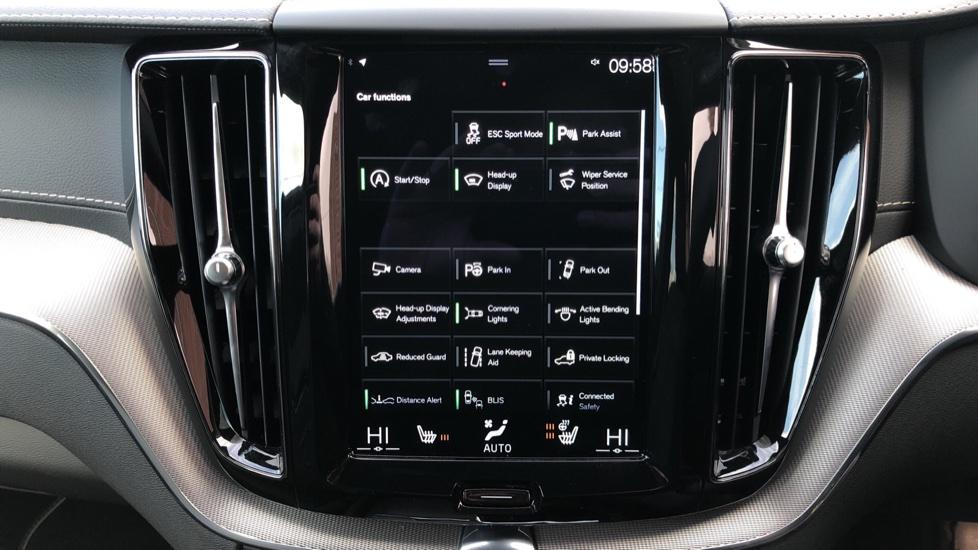 Volvo XC60 B4D Mild Hybrid R Design Pro AWD Auto, Nav, Lounge, Climate & Driver Assist Packs, Sunroof, BLIS image 29