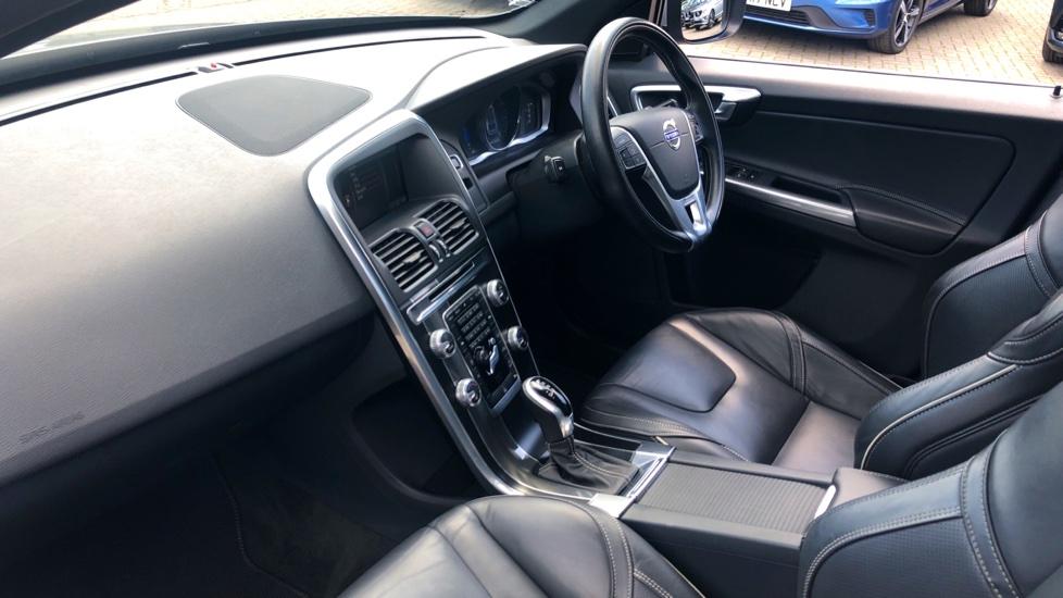 Volvo XC60 D4 R Design Lux AWD Auto, Winter Pk, DAB, Front/Rear Park Assist  image 3