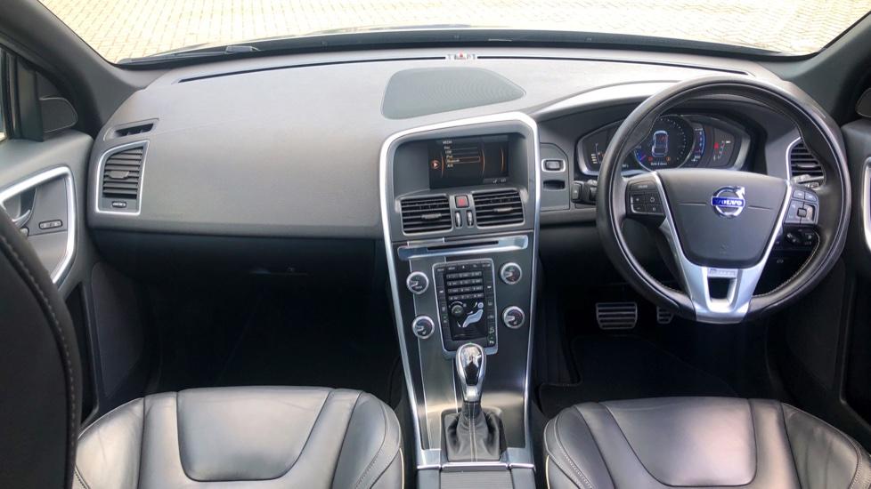 Volvo XC60 D4 R Design Lux AWD Auto, Winter Pk, DAB, Front/Rear Park Assist  image 6