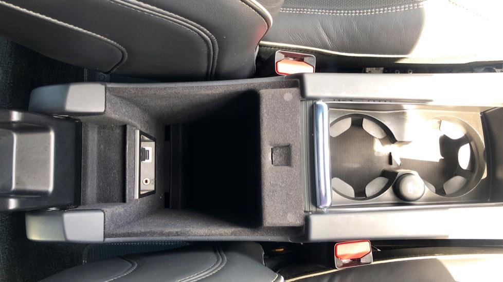 Volvo XC60 D4 R Design Lux AWD Auto, Winter Pk, DAB, Front/Rear Park Assist  image 21