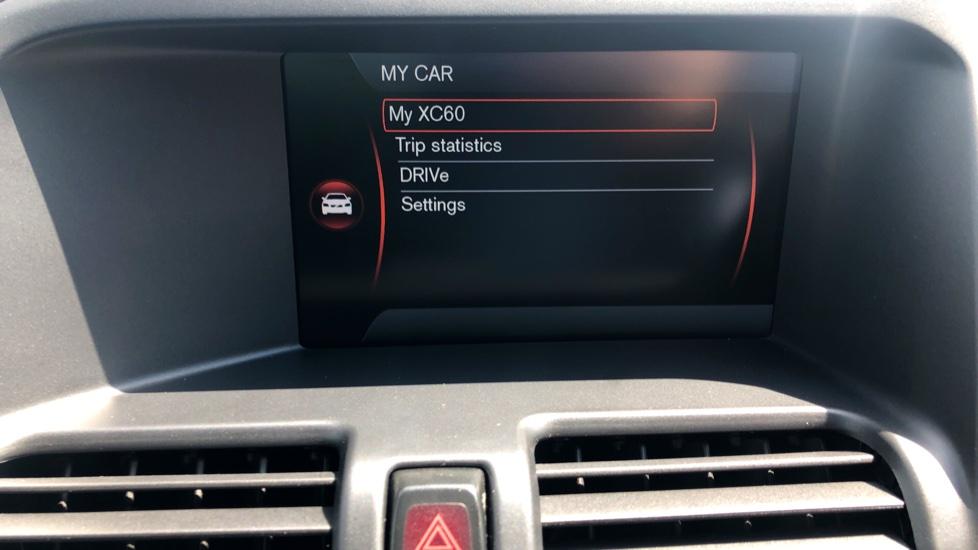 Volvo XC60 D4 R Design Lux AWD Auto, Winter Pk, DAB, Front/Rear Park Assist  image 23