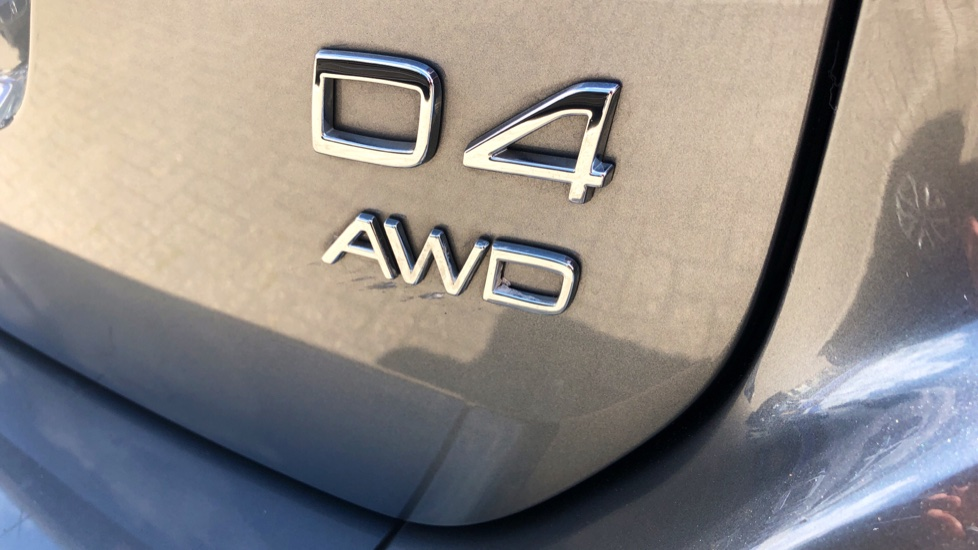 Volvo XC60 D4 R Design Lux AWD Auto, Winter Pk, DAB, Front/Rear Park Assist  image 29