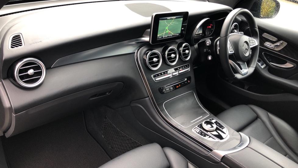 Mercedes-Benz GLC-Class GLC 220d 4Matic AMG Line Premium 9spd AT, Side Steps, Night Pk, Nav, Auto Park, F & R Sensors & Cam image 11