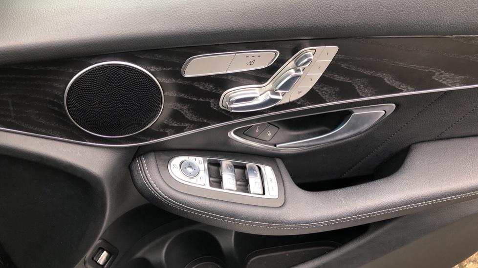 Mercedes-Benz GLC-Class GLC 220d 4Matic AMG Line Premium 9spd AT, Side Steps, Night Pk, Nav, Auto Park, F & R Sensors & Cam image 20