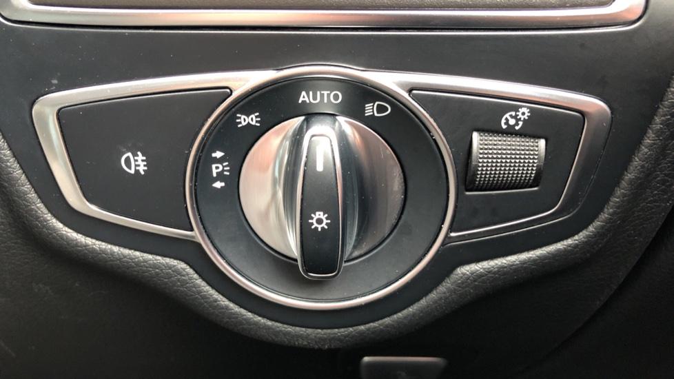 Mercedes-Benz GLC-Class GLC 220d 4Matic AMG Line Premium 9spd AT, Side Steps, Night Pk, Nav, Auto Park, F & R Sensors & Cam image 22