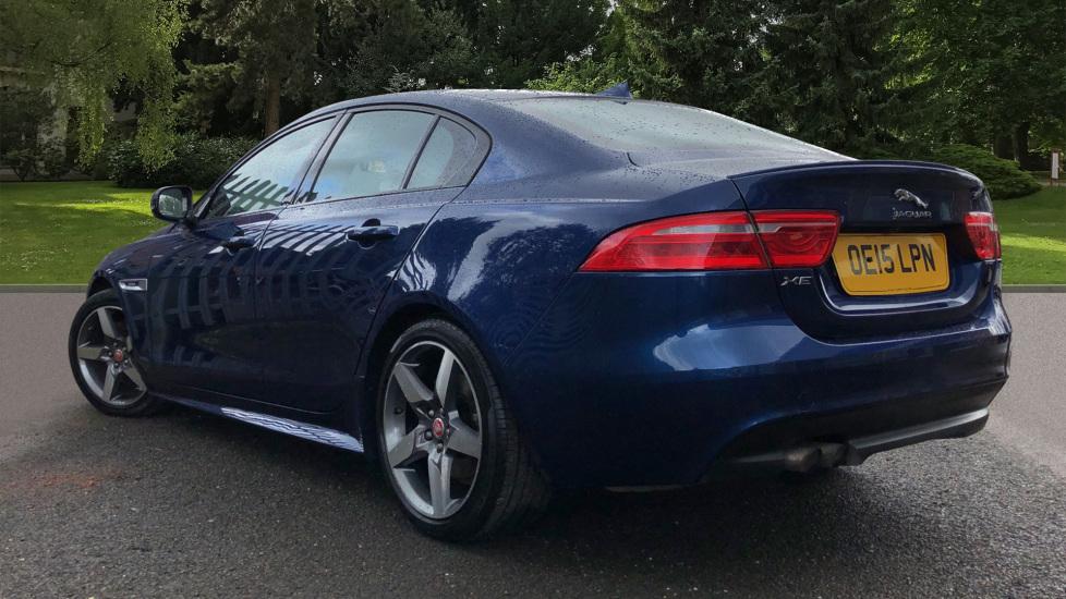 Jaguar XE 2.0d R Sport 8spd Auto, 18 Inch Alloys, Privacy Glass, Heated Screen & Steering Wheel, R.Camera image 4