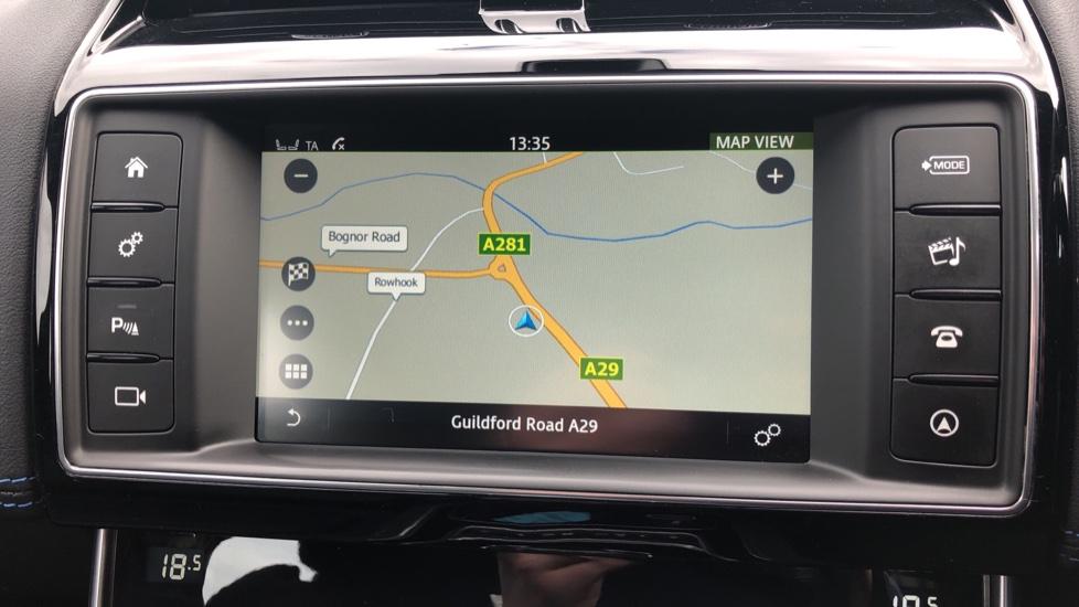 Jaguar XE 2.0d R Sport 8spd Auto, 18 Inch Alloys, Privacy Glass, Heated Screen & Steering Wheel, R.Camera image 5