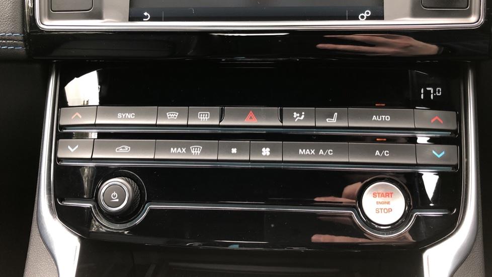 Jaguar XE 2.0d R Sport 8spd Auto, 18 Inch Alloys, Privacy Glass, Heated Screen & Steering Wheel, R.Camera image 17
