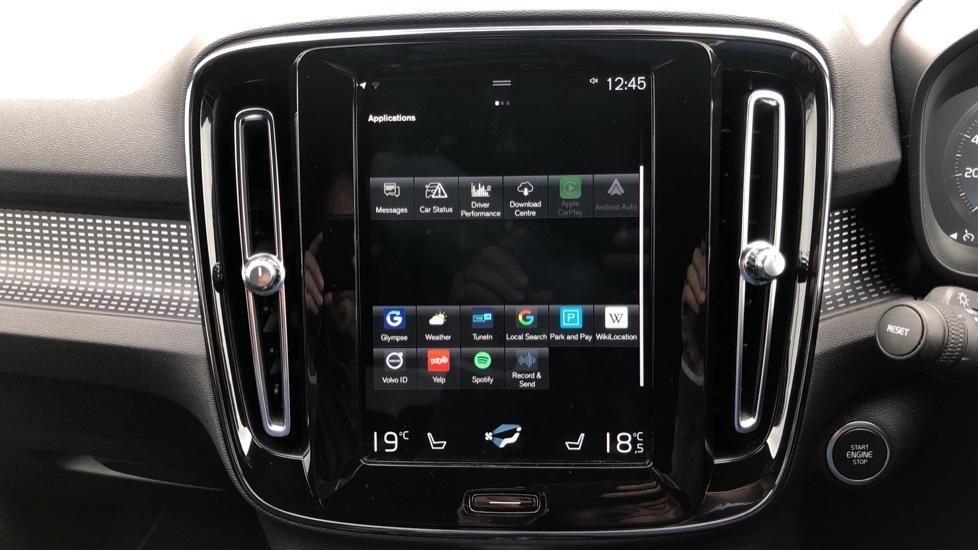 Volvo XC40 T5 R Design Pro AWD Auto, Keyless Drive, Active Bending LED Lights, Nav Pro, DAB, Styling Kit image 24