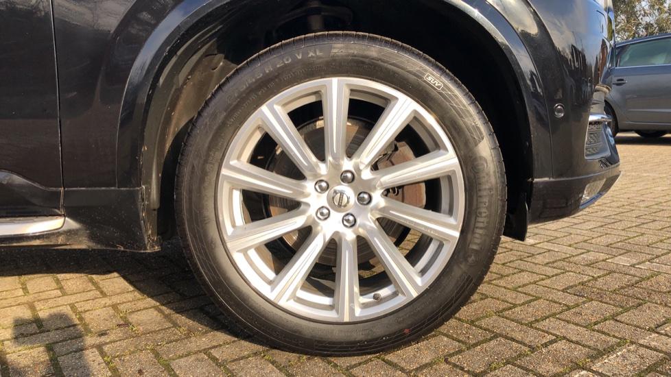 Volvo XC90 D5 Momentum AWD Auto, Xenium, Family & Winter Packs, Sunroof, 360 Camera, BLIS, Apple CarPlay image 26