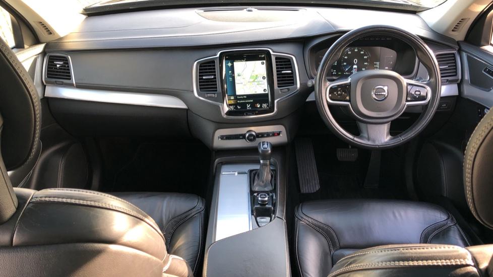 Volvo XC90 D5 Momentum AWD Auto, Xenium, Family & Winter Packs, Sunroof, 360 Camera, BLIS, Apple CarPlay image 14