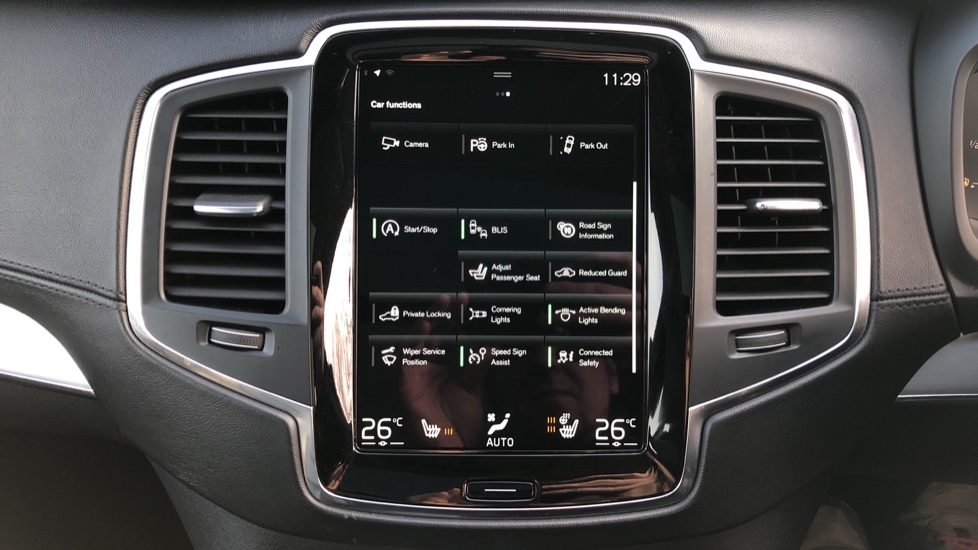 Volvo XC90 D5 Momentum AWD Auto, Xenium, Family & Winter Packs, Sunroof, 360 Camera, BLIS, Apple CarPlay image 31