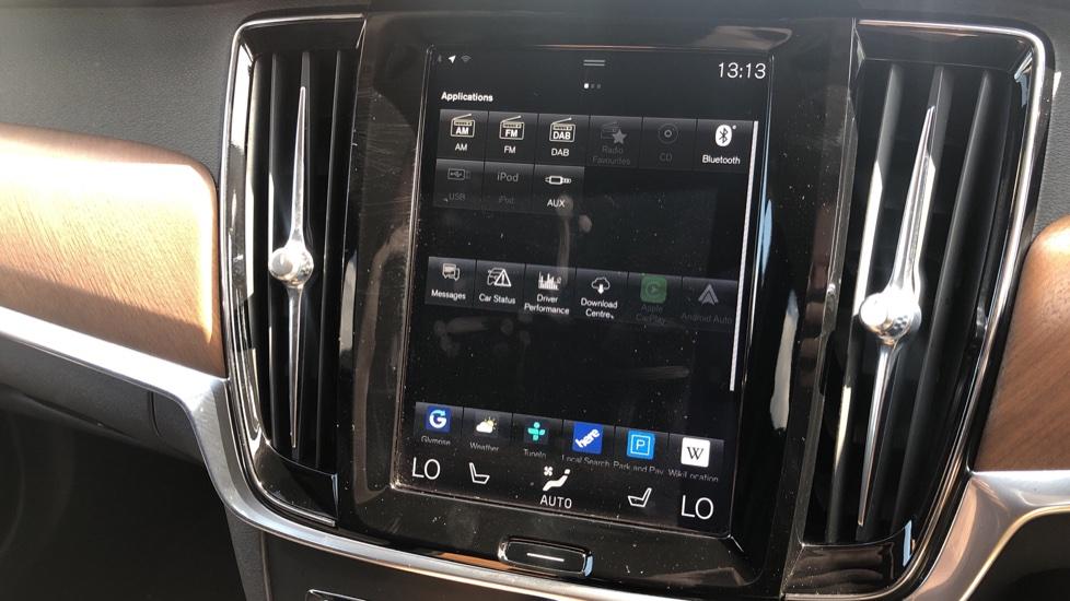 Volvo V90 D5 PwrPulse Inscription AWD AT, Winter Pk, HUD, RCam, 4Zone AC, SPhone Int, Active Lights, Tints. image 10