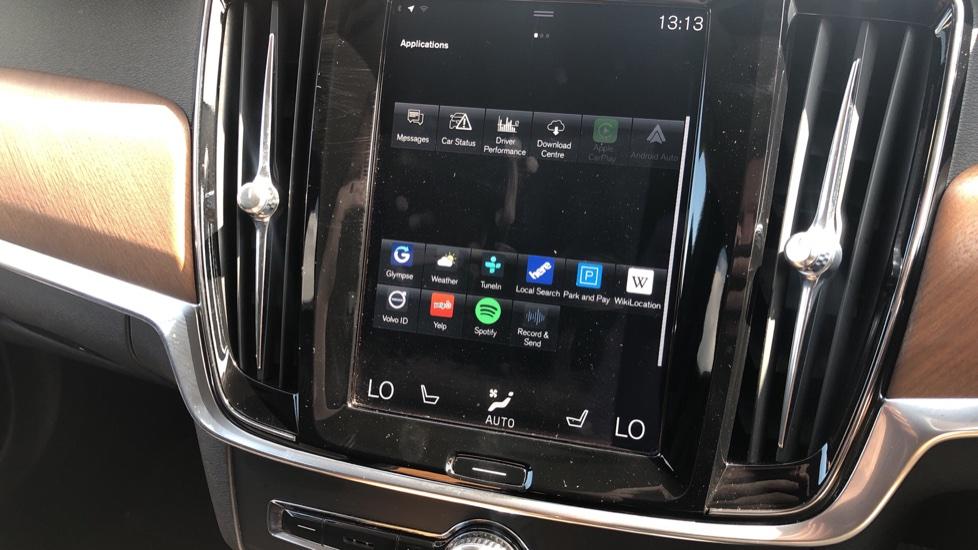 Volvo V90 D5 PwrPulse Inscription AWD AT, Winter Pk, HUD, RCam, 4Zone AC, SPhone Int, Active Lights, Tints. image 11